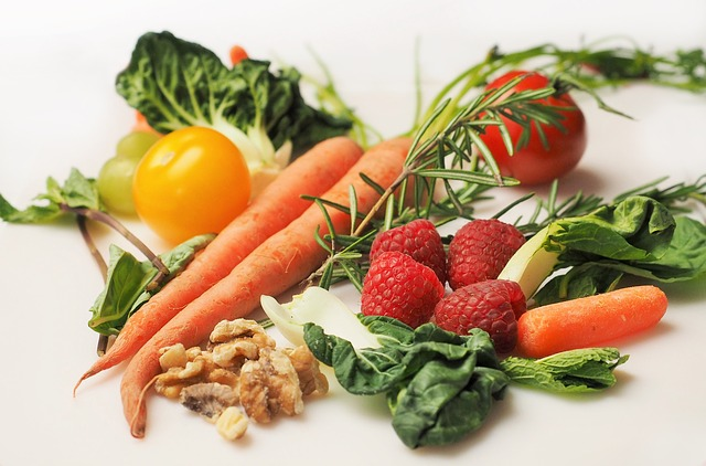 maliny mezi zeleninou